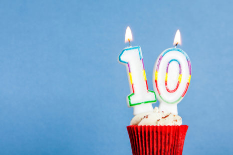 Cupcake with 10 candles for WP101's 10th birthday